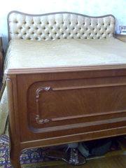 Спальный гарнитур,  производство Румыния из натуральной древесины